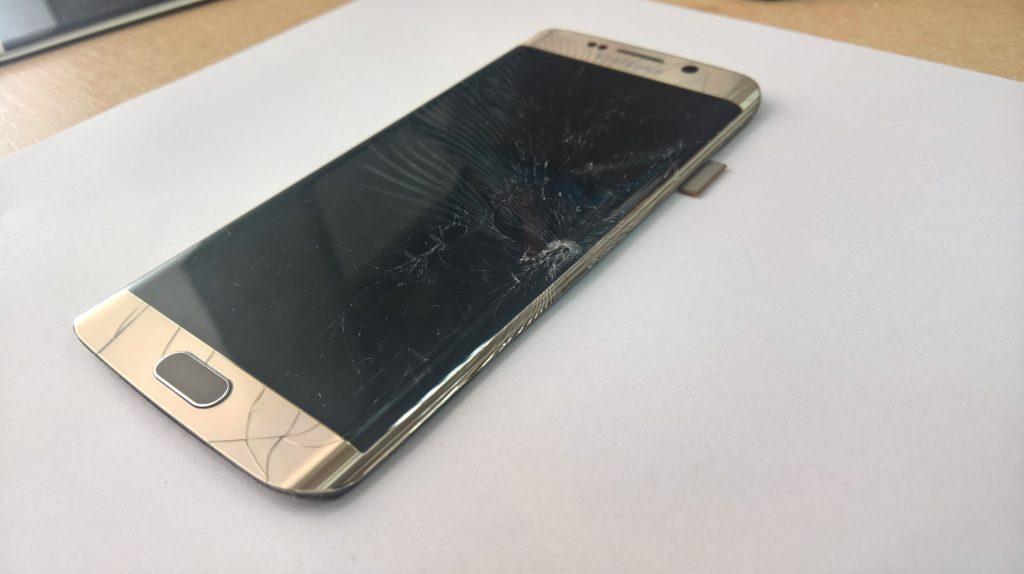 rozbity wyświetlach SAmsung Galaxy s6