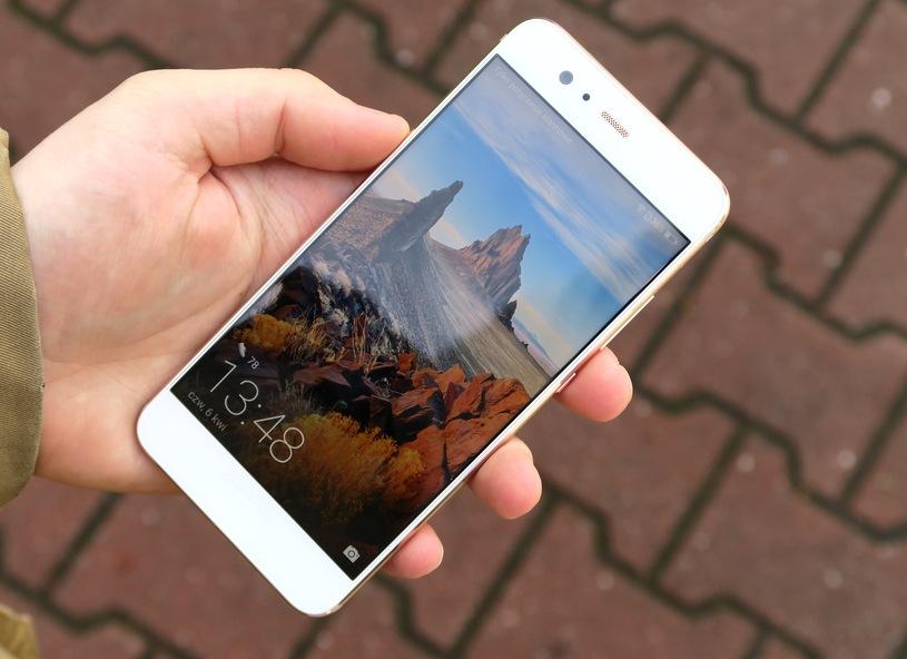 W PrestigeGSM serwisujemy tez nowe Huawei P10